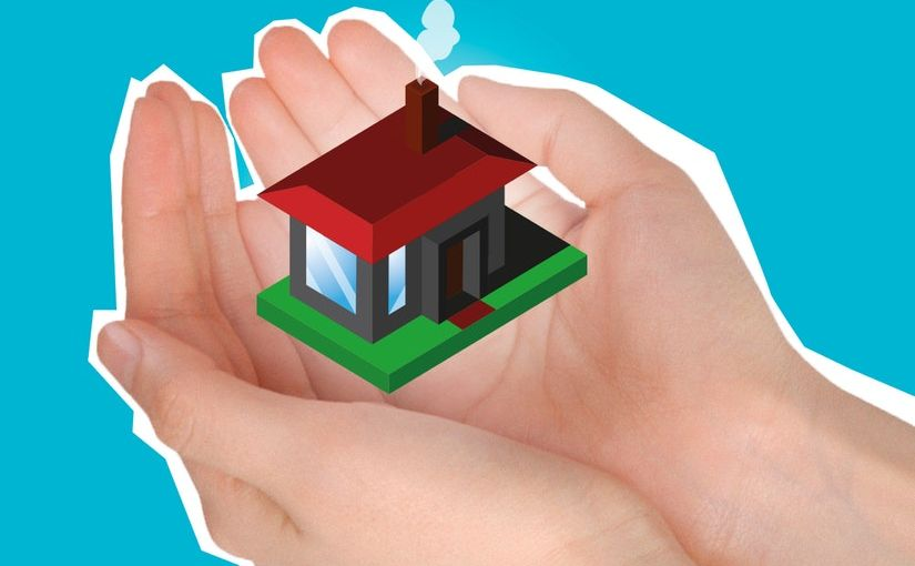 Title image for Actual Cash Value vs Replacement Cost showing a pair of hands holding a small figure of a house.